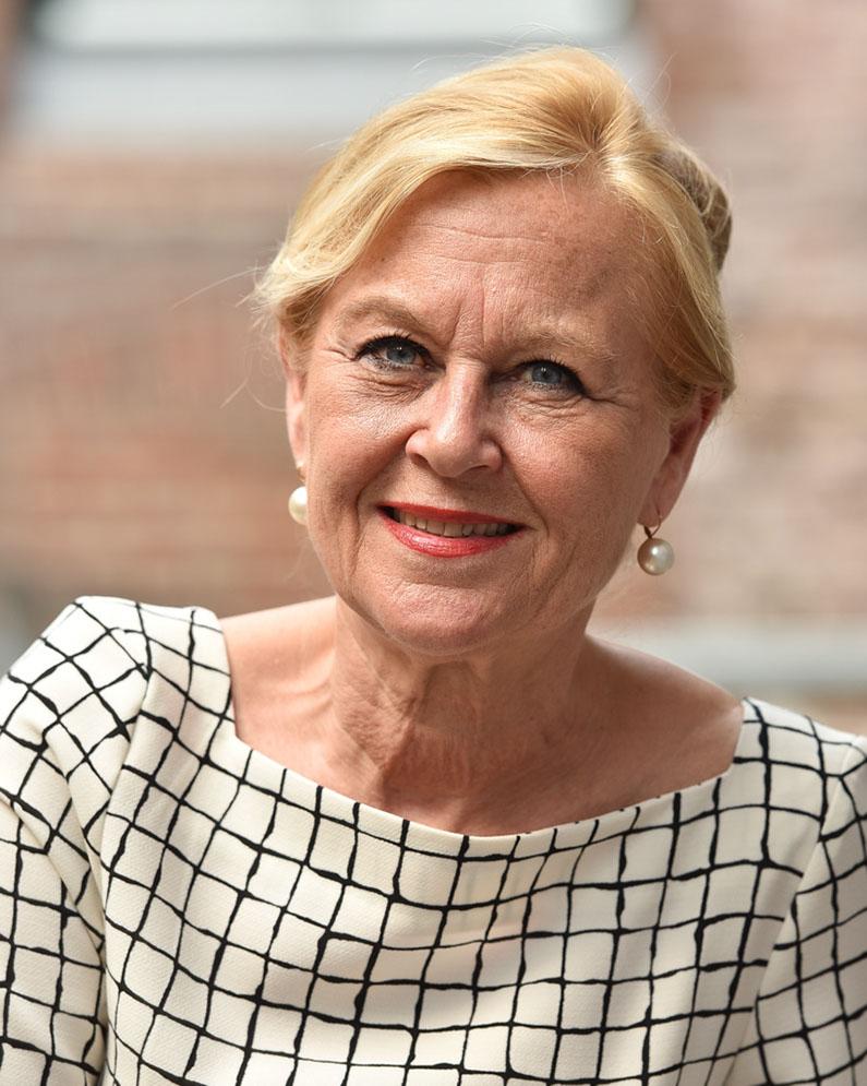 Patricia Deckers-Daemen<br />voorzitter (dagelijks bestuur)